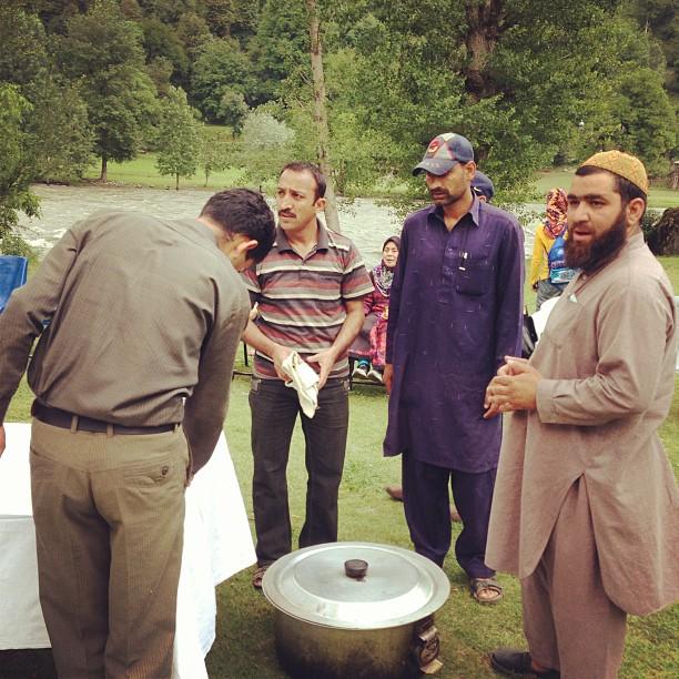 Yang Mana Satu Chef Biryani Ni Haaaaa | Keran Tourist Resort, Neelum River | Neelum Valley, Azad Kashmir PAK