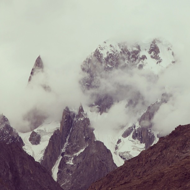 Belah Kiri Yg Tajam tu Lady's Finger Peak | Belah Kanan Hunza Peak Rasanya | View from Eagle Nest Hotel | Duikar, Hunza Valley | Gilgit Baltistan, Northern PAK