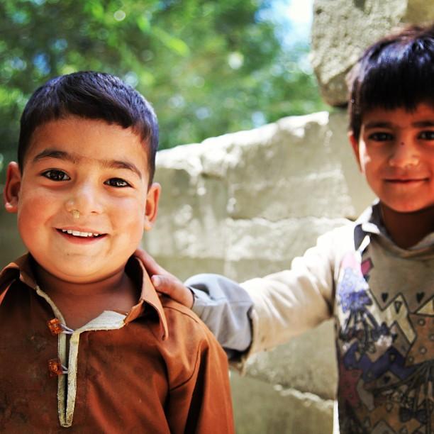 Can You Spell Dinasaur ? | Road Less Travelled | Kids of Baltistan | Near Amburiq Masjid, Baltistan | Northern PAK