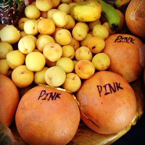 Ya Saya Tahu Dalam Buah Tuh Kaler Pink. Sekian Terima Kasih | Rana Market, Isloo PAK