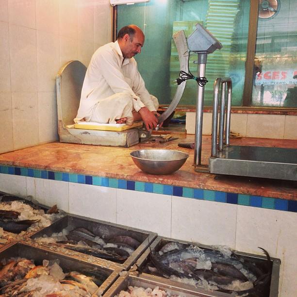 Chacha Juai Ikan Dengan Pisay Bulan Sabit | Kejap Lagi Kita Terjah Chacha Ni Dekat2 K | Pisces Seafood Shop, Rana Market | Isloo PAK