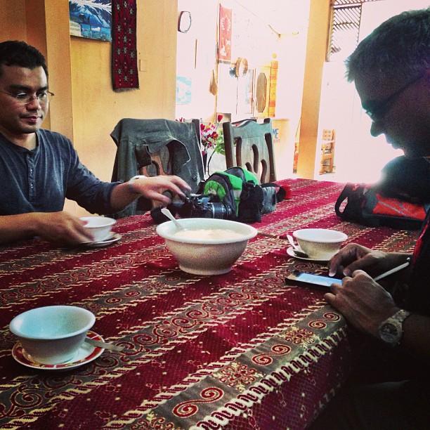 Kita Belasah Chicken Corn Soup Dulu | Safe Bet Menu | Midway Hotel | Besham Qila | Karakoram Highway | Shangla District | Indus Kohistan Region | Khyber Pakhtoonkhwa Province, Pakistan
