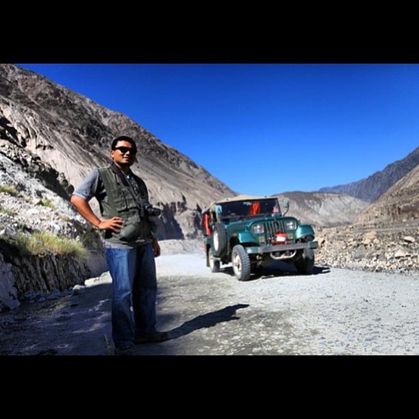 Photographer Tengah Cari Angle Baek Punya | Tatta Pani | Karakoram Highway | Gilgit-Baltistan | Northern Pakistan