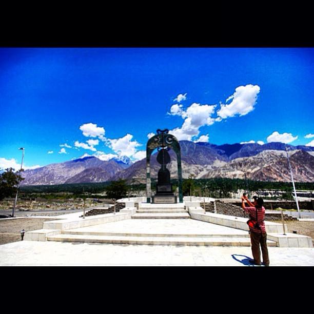 Framing The Subject | Near Pari | KKH Monument | Karakoram Highway | Gilgit-Baltistan, Northern Pakistan