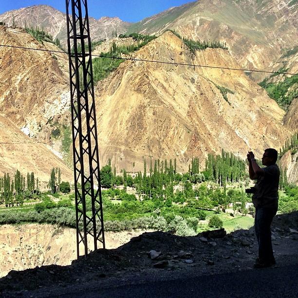 Framing the Mountains | Karimabad, Hunza Valley | Gilgit-Baltistan, Northern Pakistan
