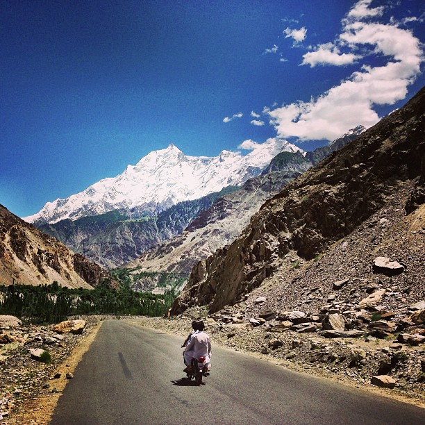 Jauh Tuh Naik Motor Jer | Rakaposhi Kinu Kutto View Point | Karakoram Highway | Hunza Valley | Gilgit-Baltistan, Northern Pakistan