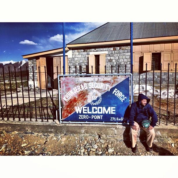 Welcome To Zero Point | Pakistan-China Border | #Khunjerab Top | Khunjerab Pass at Elevation of 4,700m | Still Snow Here & Damn Cold | #Karakoram Highway & Friendship Highway | Highest Paved Road In The World | #Gilgit-Baltistan Region | Northern #Pakistan