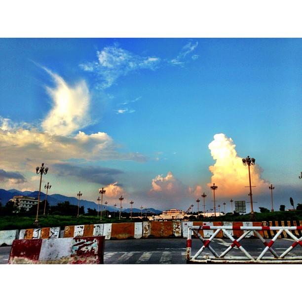 Hati Tertawan Dengan Awan Gemawan Selepas Hujan | Constitution Avenue | #Islamabad, Pakistan