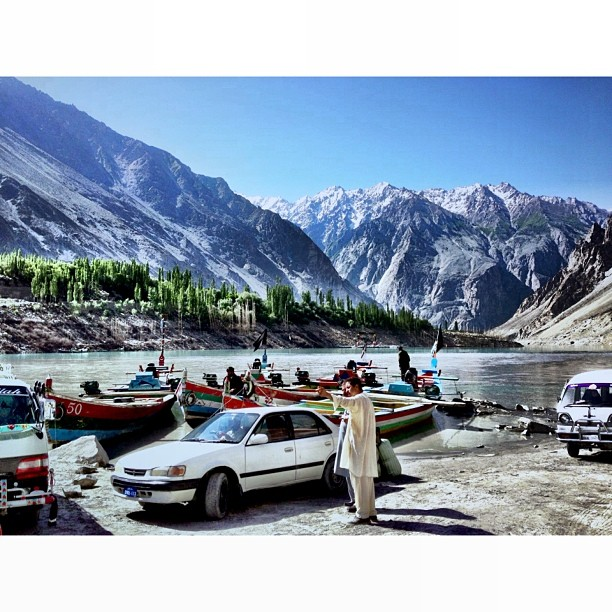Mana Boat Ni Weeiiii ! | #Attabad Lake | #Gulmit #Shishkat #Gojal Village | iPhonegraphy | #Karakoram Highway | #Gilgit-Baltistan Region | Northern #Pakistan