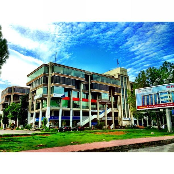 Blue Area + Blue Skies | Awan Gemawan Series | Jinnah Avenue | #Islamabad, Pakistan
