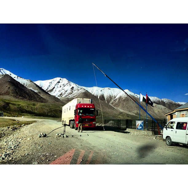 Chinese Truck | #Khunjerab Top, Khunjerab Pass | #Pakistan-China Border | Windy & Cold | #iPhonegraphy | #Karakoram Highway | Northern #Pakistan