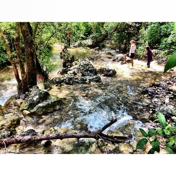 Eh Ada Pun Foreiners Lain ! | Merdeka Day Hiking | Trail 5 & 6 | Dara #Janglan | Monsoon Season + Stream Full of Water Everywhere | #Margalla Hill National Park | Sesat Barat Ke Trail 6 | iPhoneography | #Islamabad, Pakistan