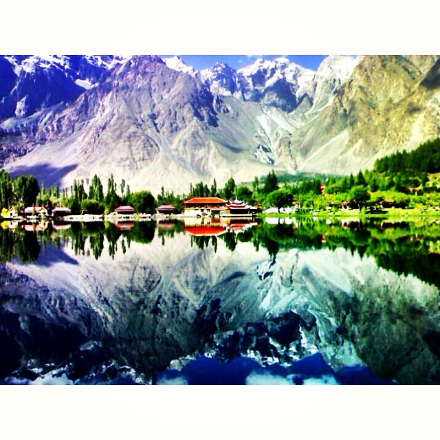 Good Morning Skardu ! | Lower #Katchura Lake | iPhoneography | Throwback June 2010 | #Shangrila Skardu | Gilgit #Baltistan Region | Northern #Pakistan