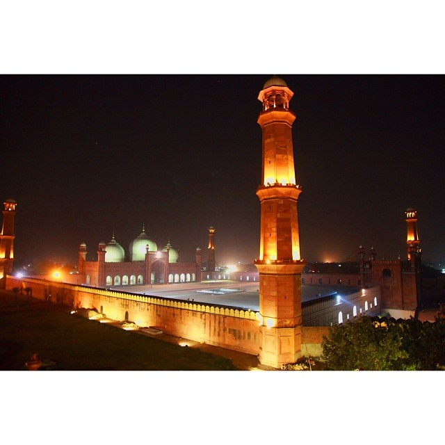 #Badshahi Masjid | View From #Cucoos Den Cafe | #Moghul Archirecture | Summer 2012 | Old #Lahore City | #Punjab Province, #Pakistan