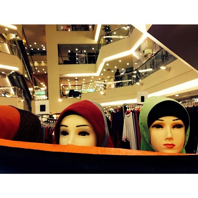 Tudung Is Trending | #VMY2014 | Plaza Shah Alam | Selangor, Malaysia