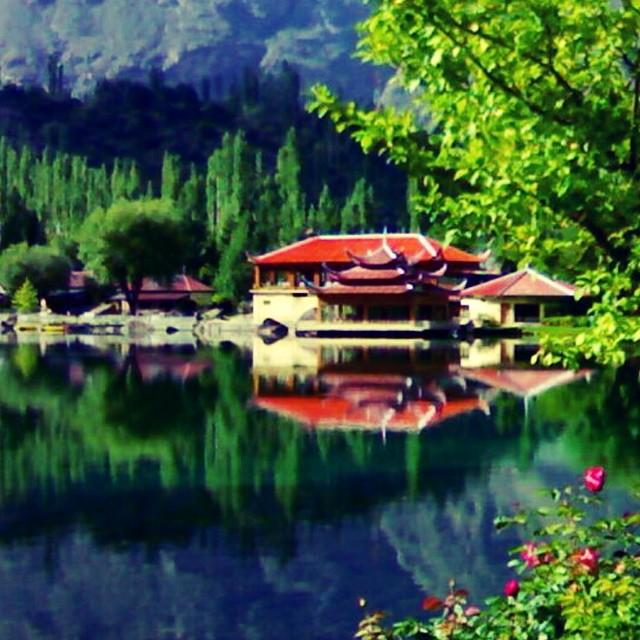 Shangrila Skardu | Lower Katchura Lake | Summer 2010 | #Throwback #roadlesstravelled | #PicByDrAdrian | Baltistan Region | Northern Pakistan