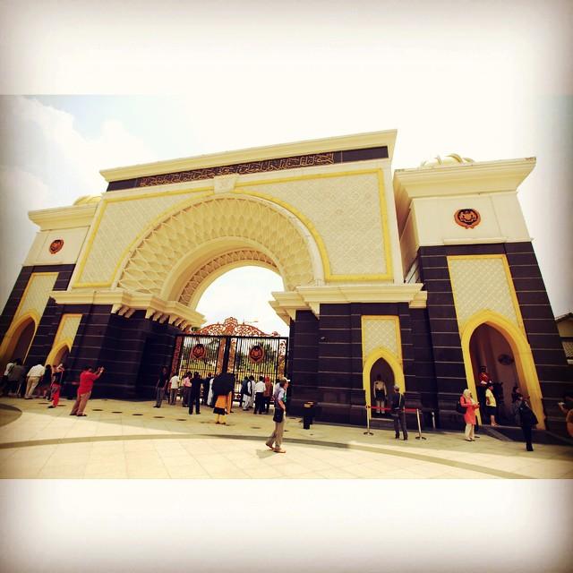 Istana Negara | Gate 3 | #VisitMalaysia #Feeling2Tourist @igersMY | Jalan Duta | Kuala Lumpur | Malaysia