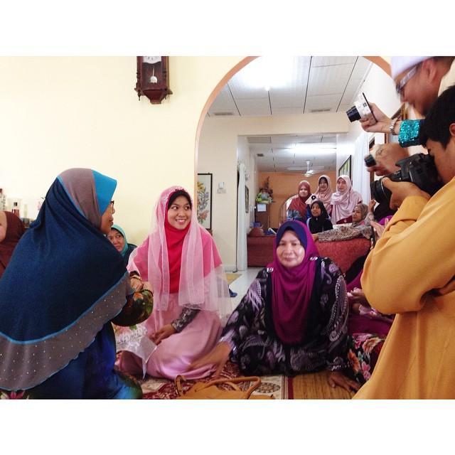 Engagement Day Oni&Uzair  | Bemban | Melaka | #eDayOniUzair #IraUzair #01Nov2014 #8Muharram1436H #CendolWakRom #Bemban #Melaka #BakalDoktor #Egypt #Alexandria #PakItam #MakItam